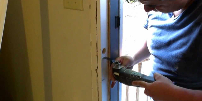 damaged steel door repair